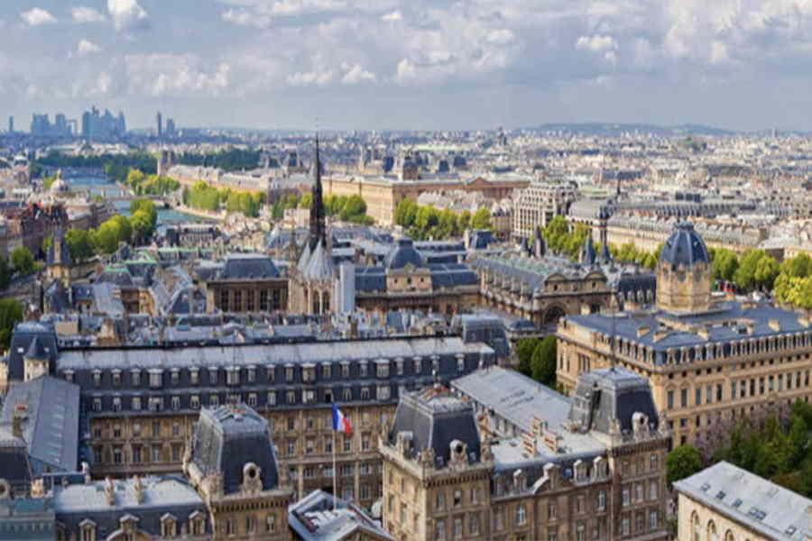 France-hypnose-Formation est situé au 130 rue La Fayette 75 010 Paris
