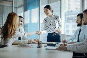 Hypnose coversationnel est influence interesse le manager